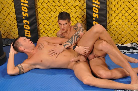 16418_061 Jay Cloud and Tyler Torro in Body Shots