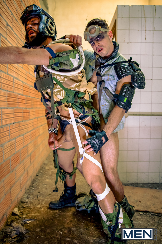 23 Hector De Silva and Paddy O'Brian in Apocalypse Part 1