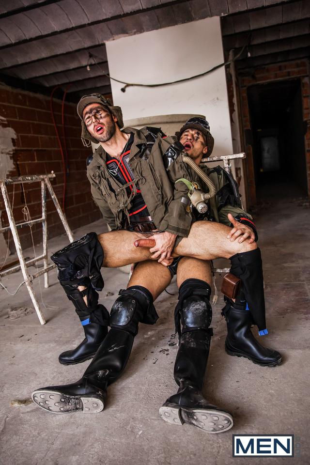 24 Dario Beck and Jay Roberts in Apocalypse Part 2