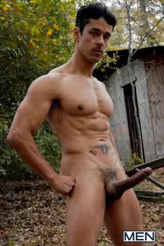 Leon Knight - Rafael Alencar - 11-14-11 - 355