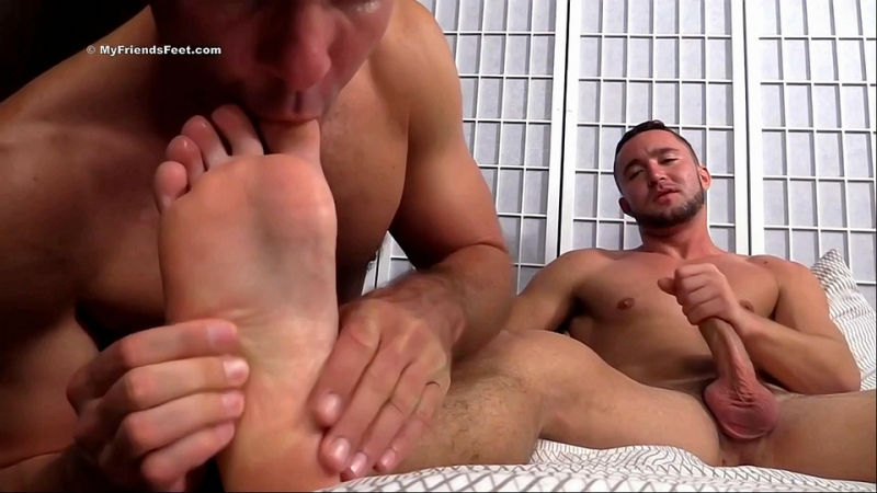 Colt-rivers-feet-worshiped-12