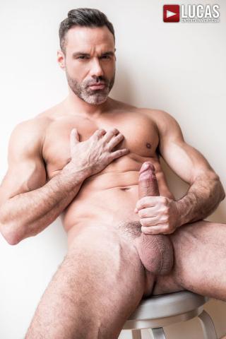 LVP287_Manuel_Skye_07