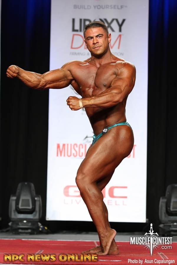 Bodybuilder Beautiful Profiles - Draven Navarro (1)