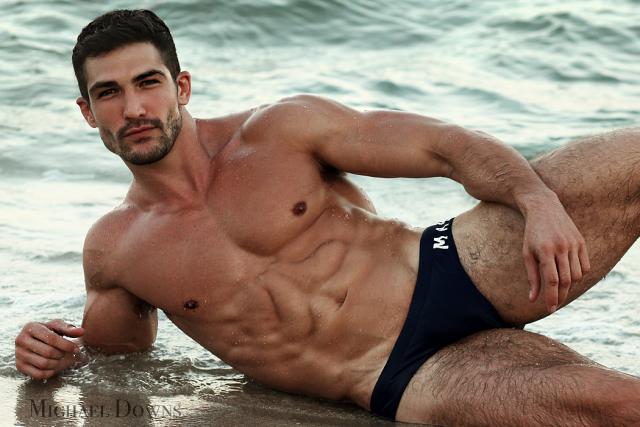 Dominic_beachWaves1-IG