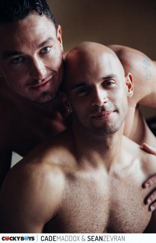 Cade Maddox & Sean Zevran RAW (Co2a6474)