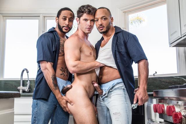 Plumber's Helper Featuring Devin Franco, Dillon Diaz, and Jaxx Maxim (98843_04)
