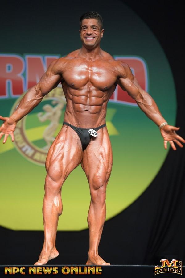 Bodybuilder Beautiful Profiles - Bruno Divino