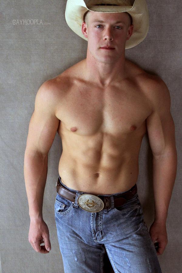 Gayhoopla   Cowboy Colt Mclaire Jerks Off - Bodybuilder