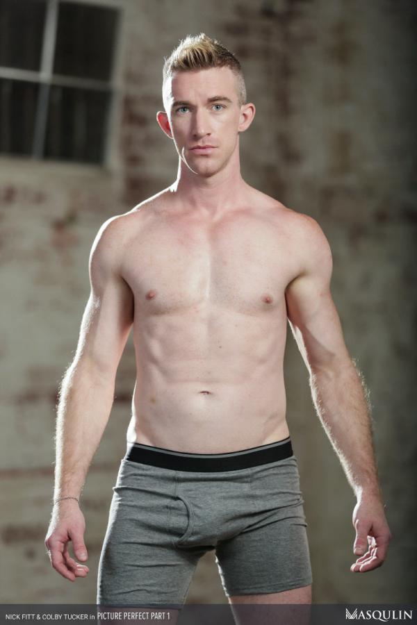 Bodybuilder Beautiful Profiles - Sean Maygers (1)