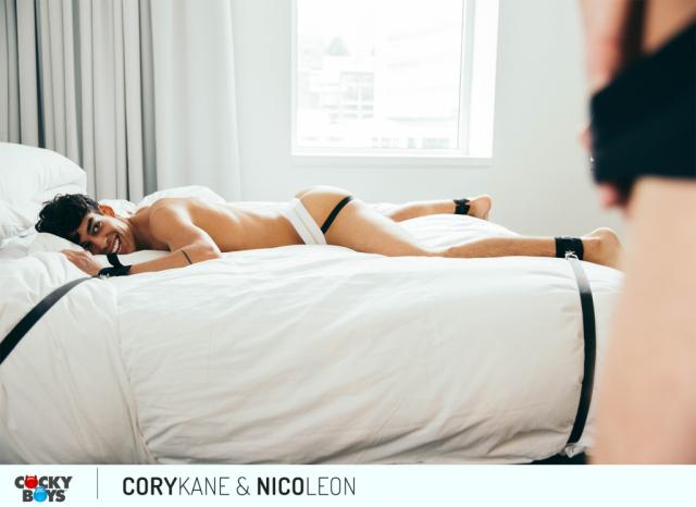 Wcory_kane-nico_leon-9801