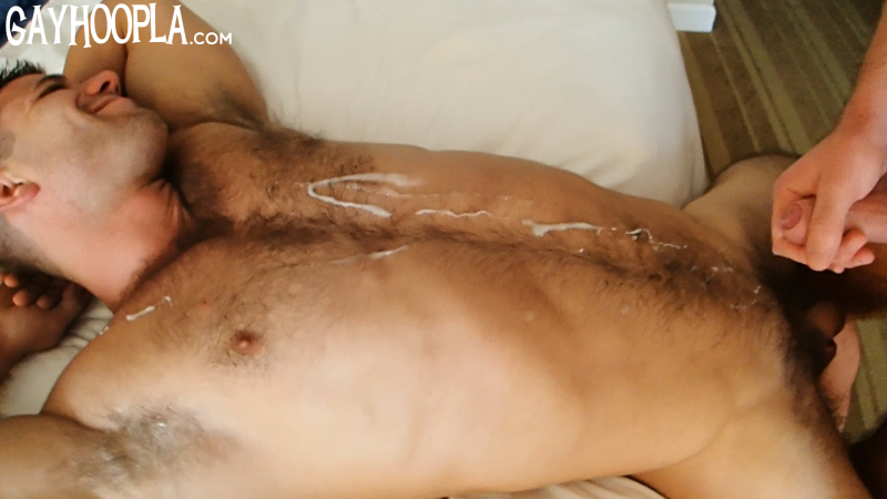 Feature_cody_cole_FLOP_130916.Still021