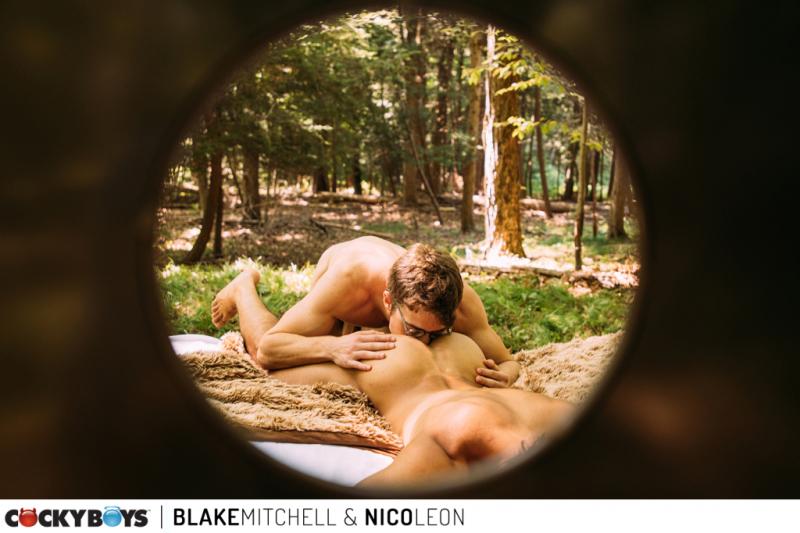 Blake mitchell-nico leon-305