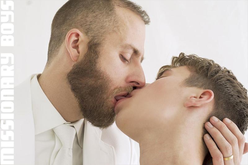 190202_mbz_05-missionaryboys-gay-daddy-son-sex_pic16
