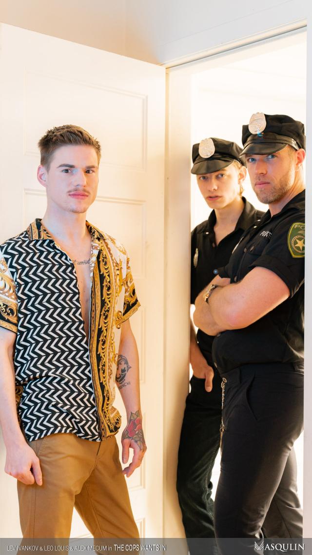 MASQULIN_The_Cops_Wants_In_08