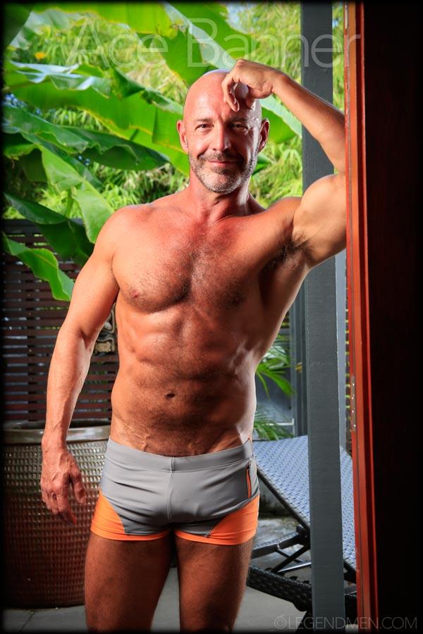 Must Love Men: Ace Hanson