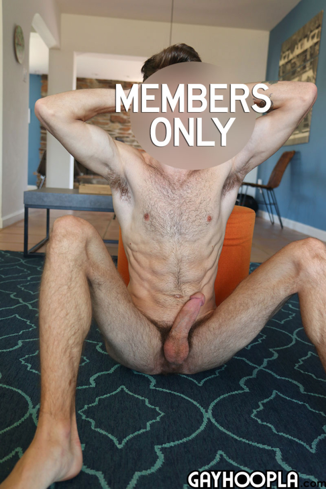 15905153442020-07-06-hairy-young-guy-14