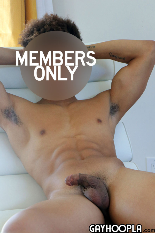 1585804989young-athelete-jerks-off-6