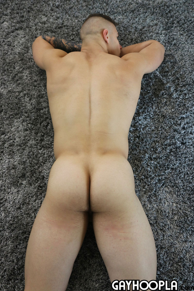 15950981672020-08-24-young-muscle-stud-jerks-off-10