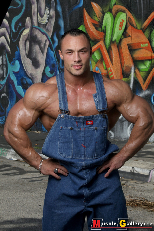 MuscleGallery Ludovic Bogaert South Beach Workout