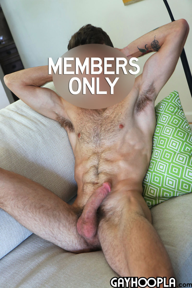 15905153422020-07-06-hairy-young-guy-9