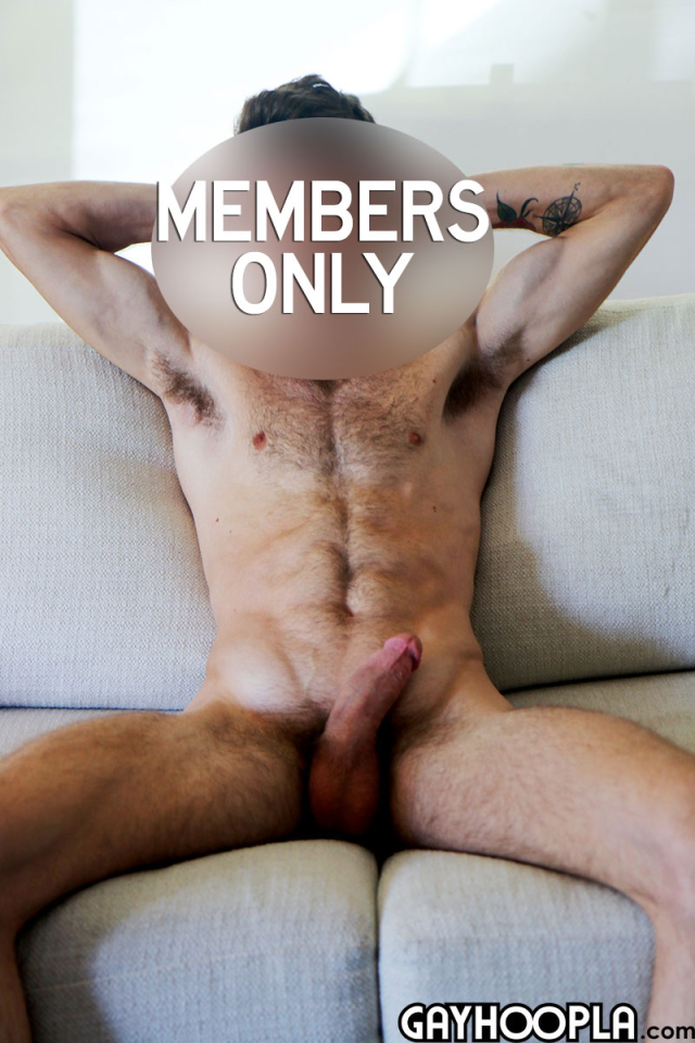 15905153432020-07-06-hairy-young-guy-11