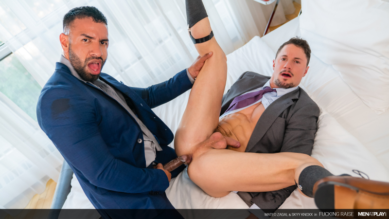 MENATPLAY_Fucking_Raise_01