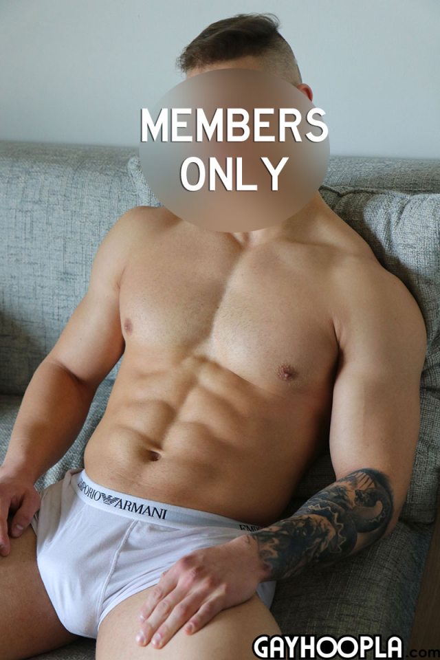 15950981612020-08-24-young-muscle-stud-jerks-off-3