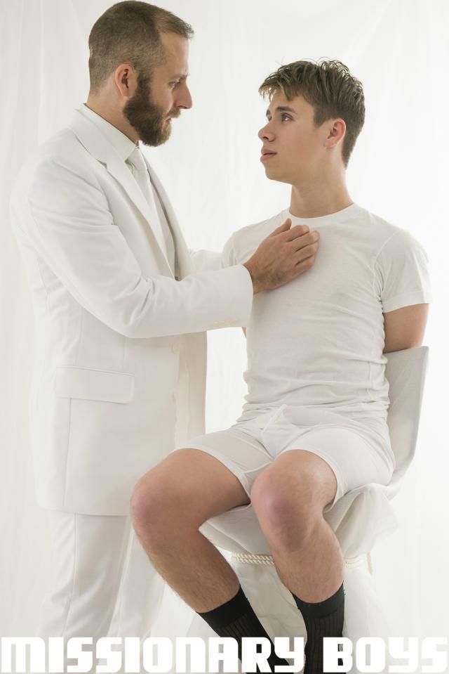 190202_mbz_05-missionaryboys-gay-daddy-son-sex_pic12