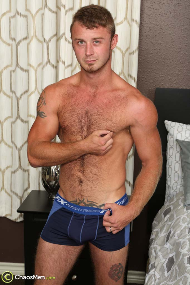 2534_chaosmen_chad_taylor_solo_hires_022