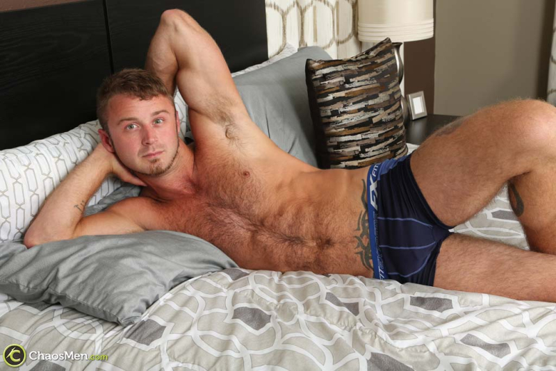 2534_chaosmen_chad_taylor_solo_hires_031