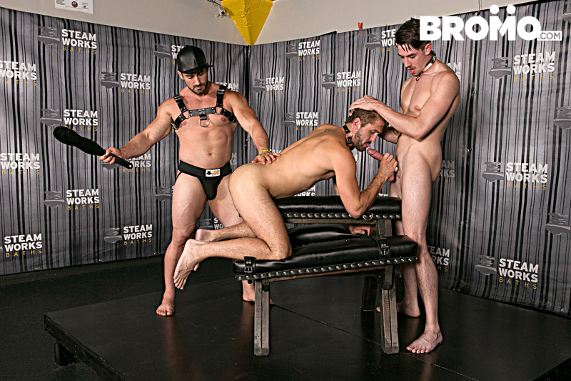 Bromo_TheSteamRoomPart2_1E7A0803