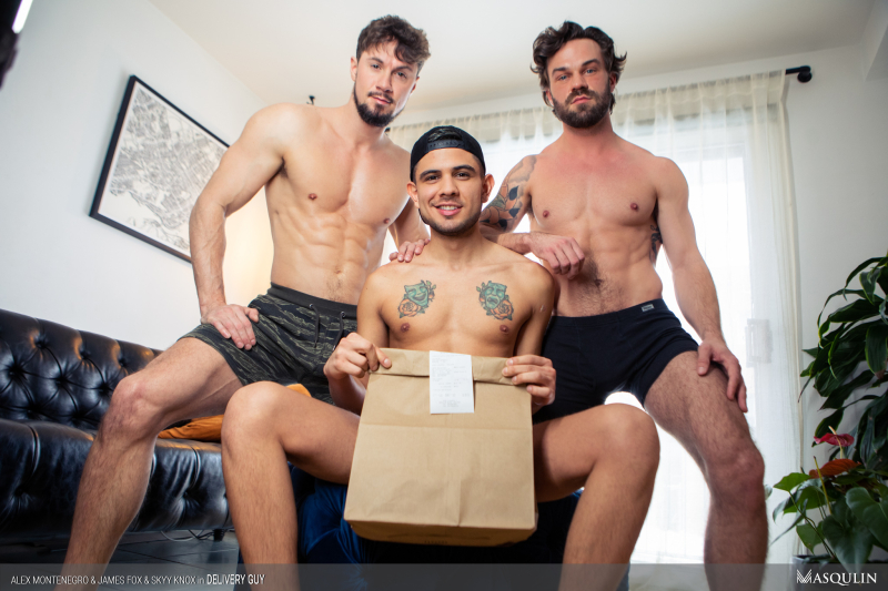MASQULIN_Delivery_Guy_21