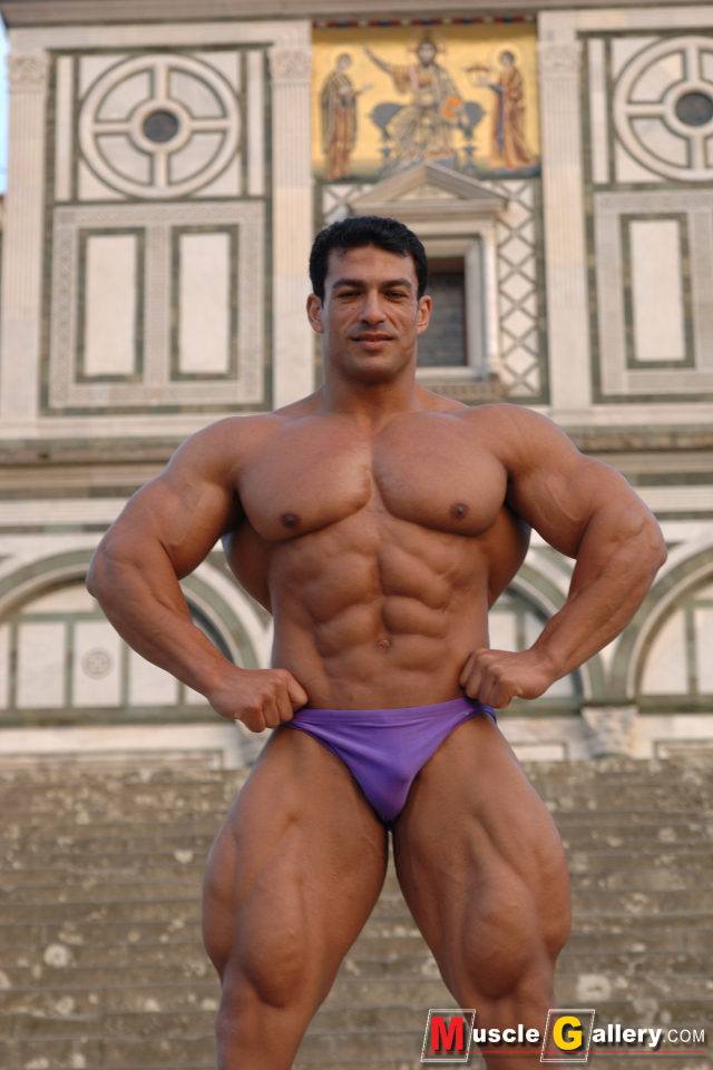MuscleGallery Tarek Elsetouhi Egyptian Muscle God