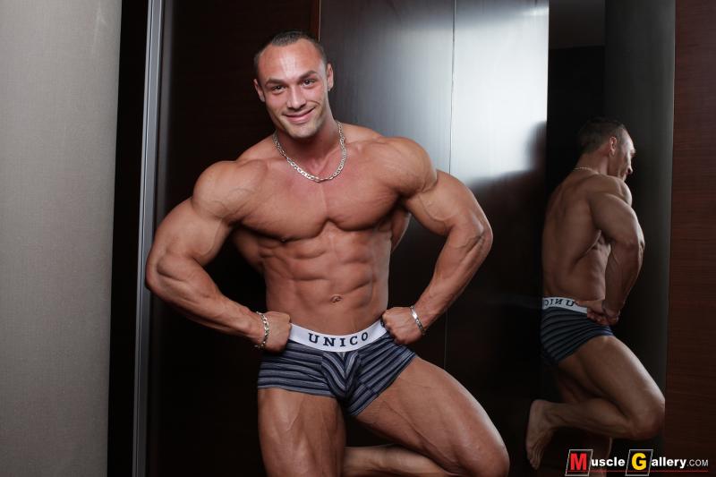 MuscleGallery Ludovic Bogaert French Aesthetics